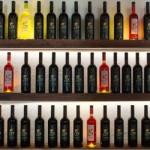 Bodega La Geria elabora vinos de Lanzarote blancos, tintos y rosados